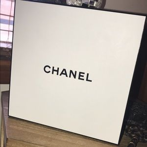 Chanel Giftbox